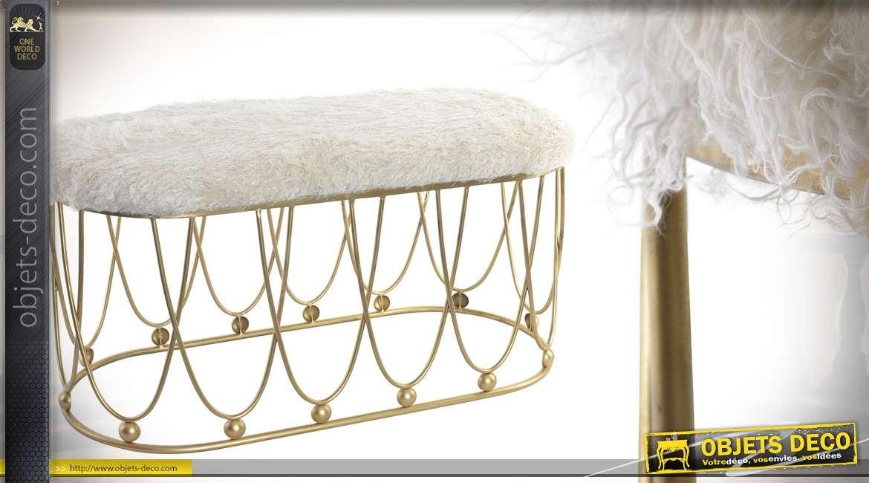 Bout de lit moderne en métal doré avec assise en poils synthétiques