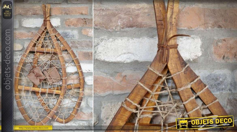 Raquettes à neige trappeur anciennes bois et cordage décoration murale 75 cm