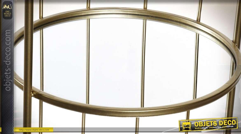 Etagère vitrine cylindrique finition dorée avec plateaux en miroir 150 cm