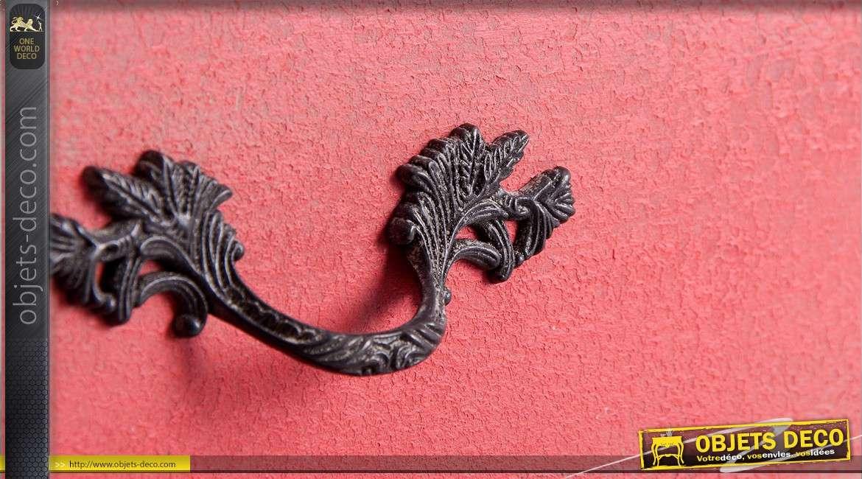 Commode rose vieilli à trois tiroirs de style rétro 103 cm