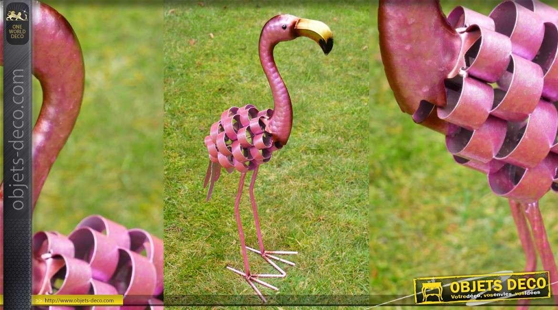 Sculpture animalière d'un flamant rose de style moderne-industriel 51cm