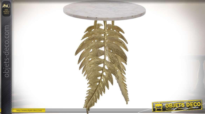 Bout de canapé en marbre avec pieds en feuilles de fougères dorée 51 cm