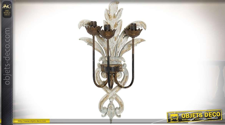 Applique murale en bois sculpté et métal support 3 feux 62 cm
