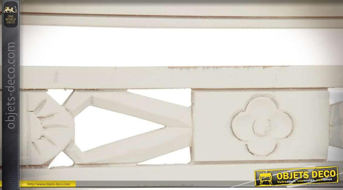 Banc rétro rustique en bois massif avec finition blanc cassé 118 cm