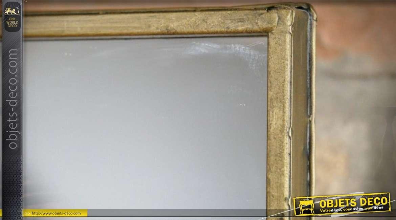Miroir mural pivotant en métal doré format rectangulaire vertical 70 cm