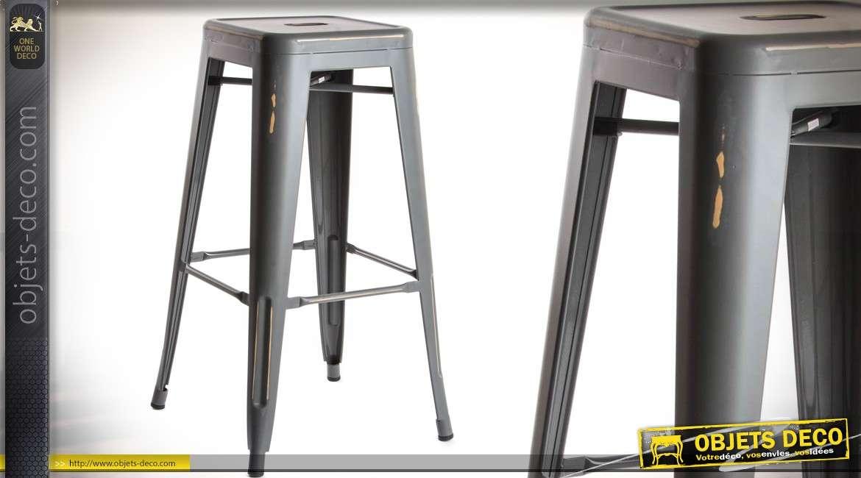 tabouret de bar de style industriel en t le paisse et. Black Bedroom Furniture Sets. Home Design Ideas