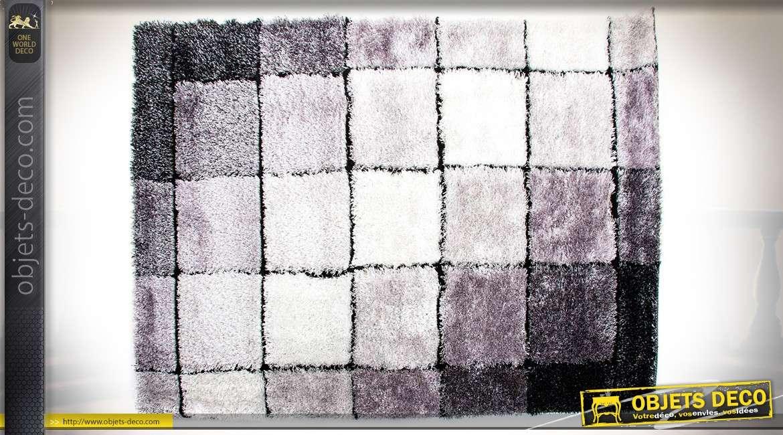 Grand tapis de style contemporain en damiers et en nuances de gris 180 x 120 cm