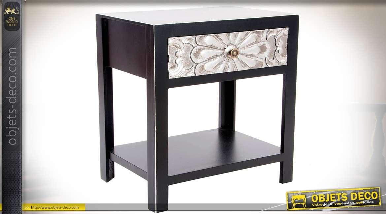 table de chevet noir et argent style meuble japonais avec motifs fleuris sculpt s. Black Bedroom Furniture Sets. Home Design Ideas