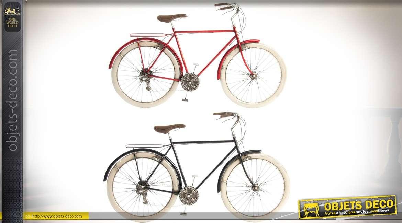 Duo de déco murales en métal bicyclettes rétro coloris rouge et noir 99 cm