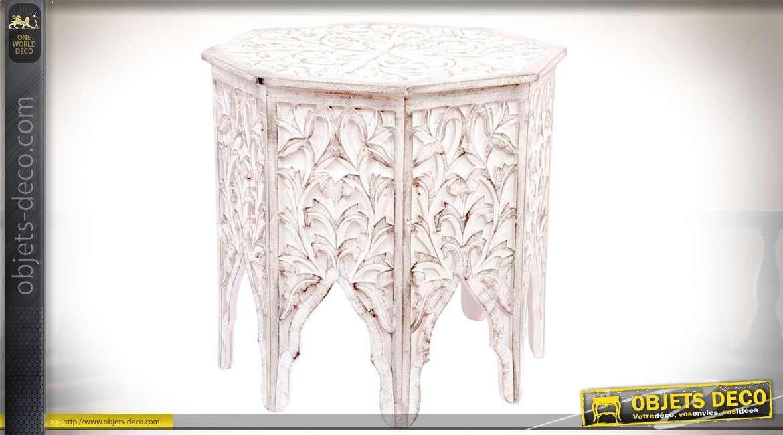 Table basse / bout de canapé de forme octogonale en bois ...