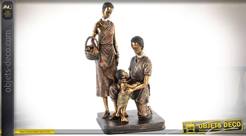 Statuette famille africaine finition imitation bronze doré vieilli 30 cm