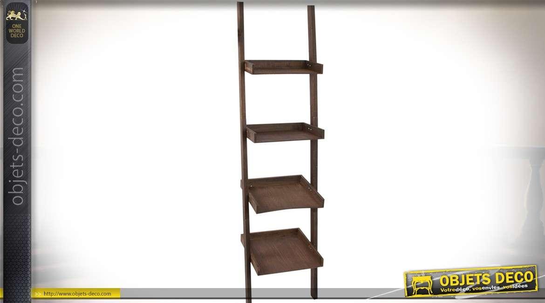 etag re murale en bois en escalier avec 4 niveaux en forme. Black Bedroom Furniture Sets. Home Design Ideas