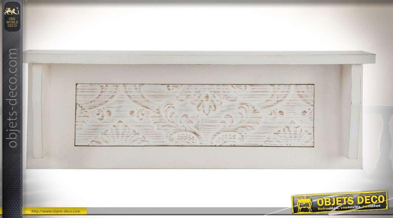 etag re murale bois style campagne chic patine blanche et panneau sculpt. Black Bedroom Furniture Sets. Home Design Ideas