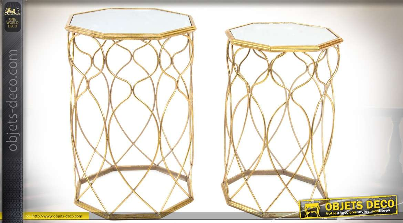 Série de 2 bouts de canapé octogonaux et design en métal doré et miroir