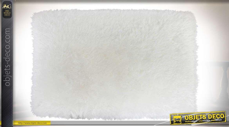 Grand tapis coloris blanc ivoire toucher soyeux façon fourrure blanche 180 x 120 cm