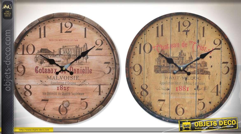2b5bbf074a8495 Horloges en bois façon couvercles de tonneaux, sur le thème du vin Ø 34 cm