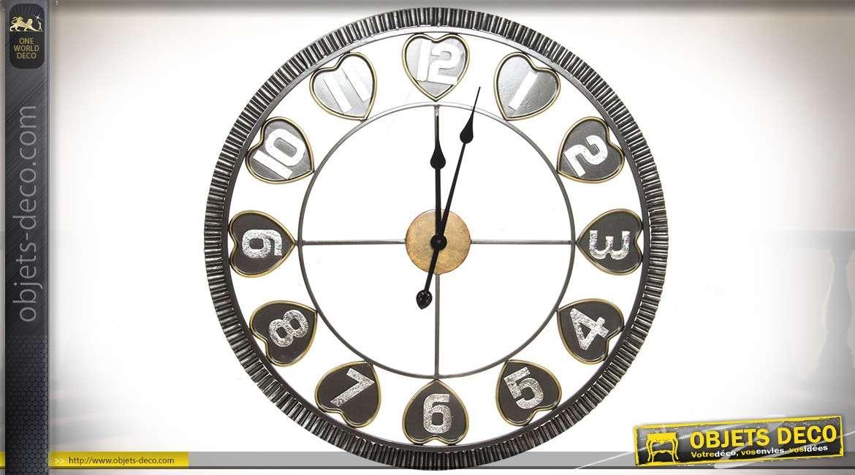 horloge murale m tal style industriel encadrement crant et motifs de coeurs 66 cm. Black Bedroom Furniture Sets. Home Design Ideas