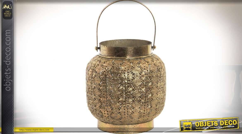 Lanterne-bougeoir décorative de style oriental en métal ajouré doré 18,5 cm