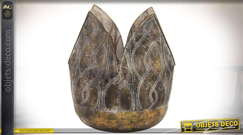 Bougeoir de style oriental forme de grande fleur métal ajouré doré et vieilli 29,5 cm