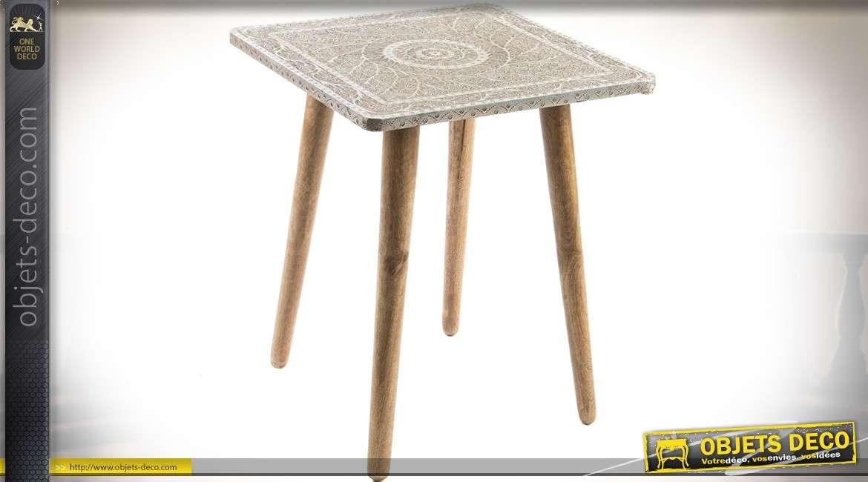 table bout de canap style scandinave avec plateau sculpt. Black Bedroom Furniture Sets. Home Design Ideas