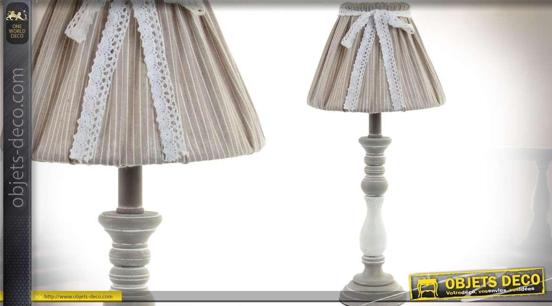 Lampe de table en bois tourné style campagne chic avec abat-jour 45 cm