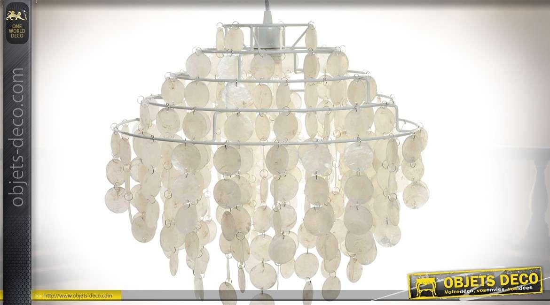 suspension lectrifi e pampilles circulaires de nacre 46 cm. Black Bedroom Furniture Sets. Home Design Ideas