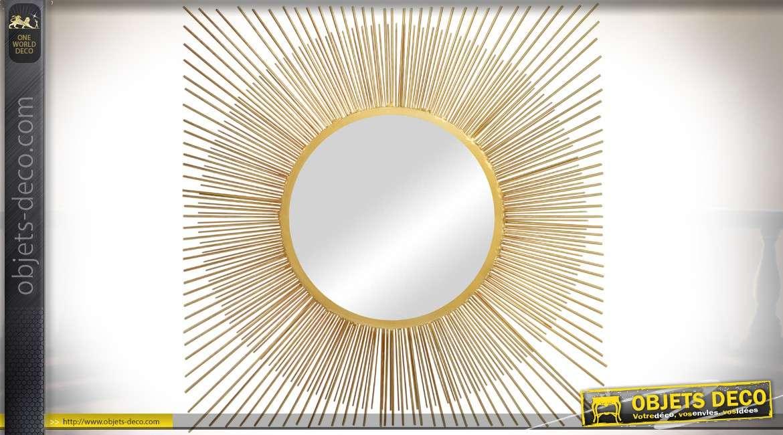 Miroir mural chic en métal doré de style design 60 x 60 cm