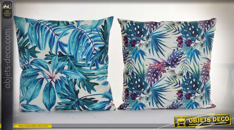 Duo de coussins à motifs de feuillages exotiques, coloris en nuances de bleus