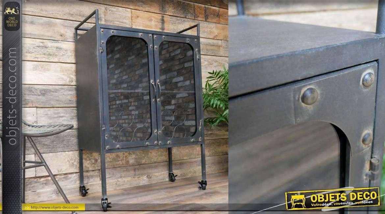 Meuble cave en métal noir de style industriel sur pieds, 2 portes rivets apparents