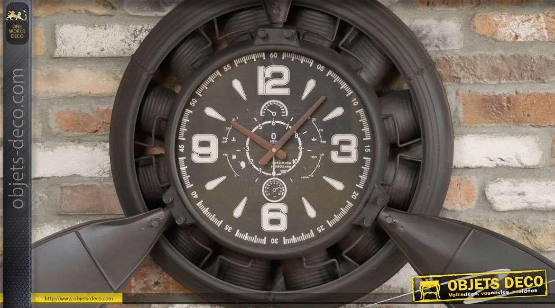 Grande horloge murale en forme d'hélice d'avion (140 cm)
