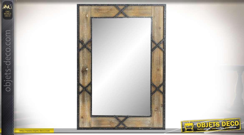 Miroir en bois et métal, de forme rectangulaire, d'esprit industriel, 120cm de haut