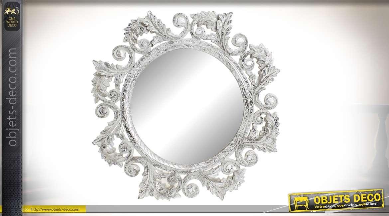 Miroir rond, encadrement en bois esprit baroque, finition argenté vieilli, 71cm