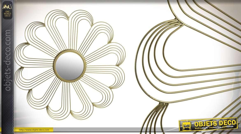 Miroir de type soleil, en métal finition doré, forme de fleur avec 12 pétales, 54cm