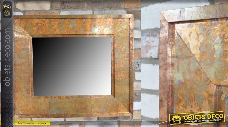 Miroir rectangulaire avec encadrement en métal de style industriel, effet cuivré 91cm