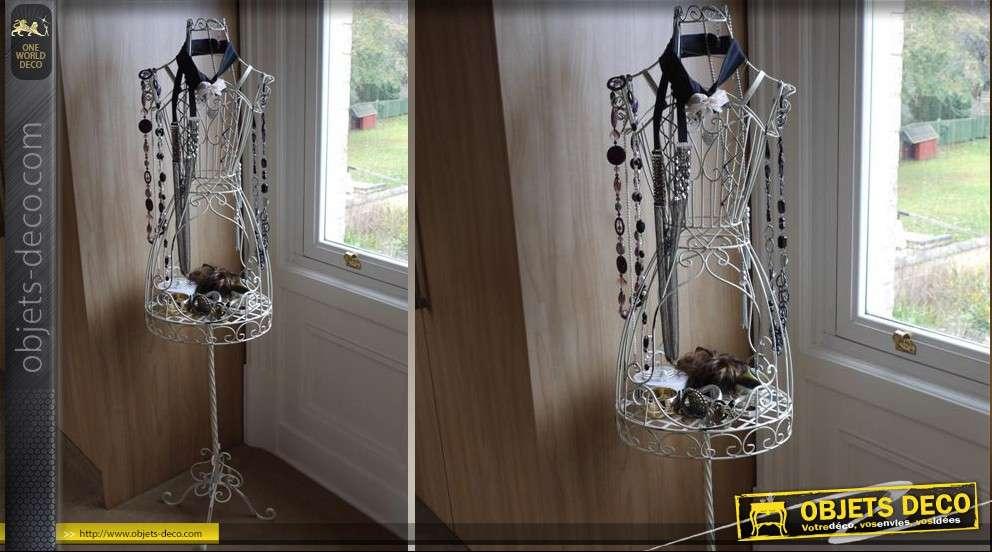 grand mannequin en fer forg blanc antique. Black Bedroom Furniture Sets. Home Design Ideas