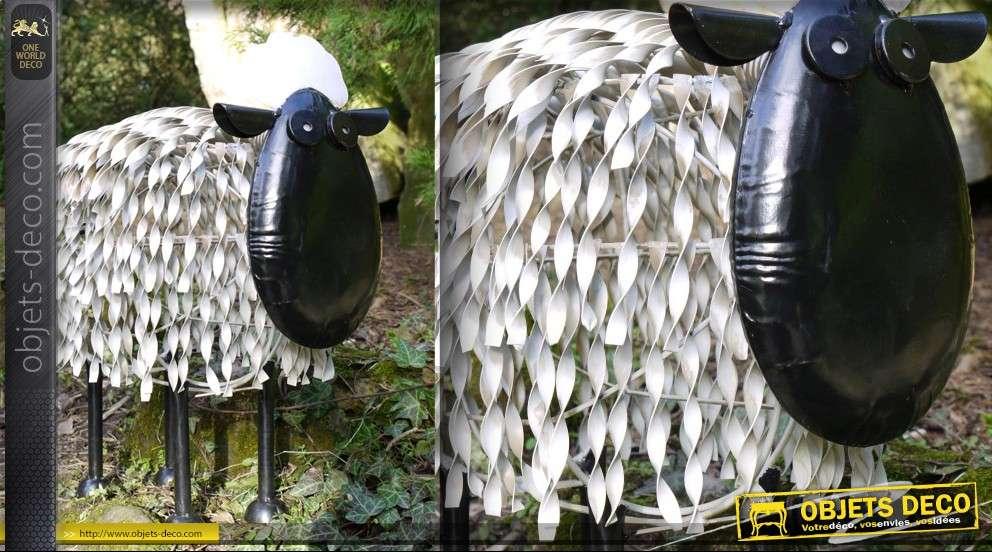 Animal d coratif mouton stylis en fer forg for Mouton deco jardin