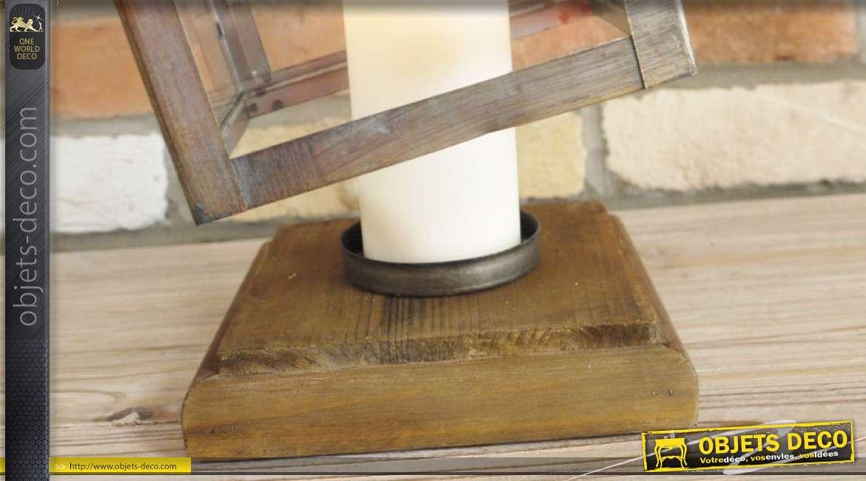 Lanterne en bois et metal, effet ancien avec points de soudure apparents, 39cm