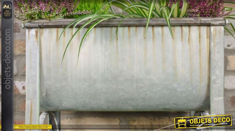 Jardinière en métal type zinc sur pieds, finition oxydée naturelle, style authentique 63cm