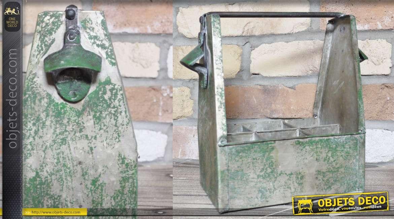 Panier de transport de bouteilles avec décapsuleurs intégrés, en métal finition ancienne
