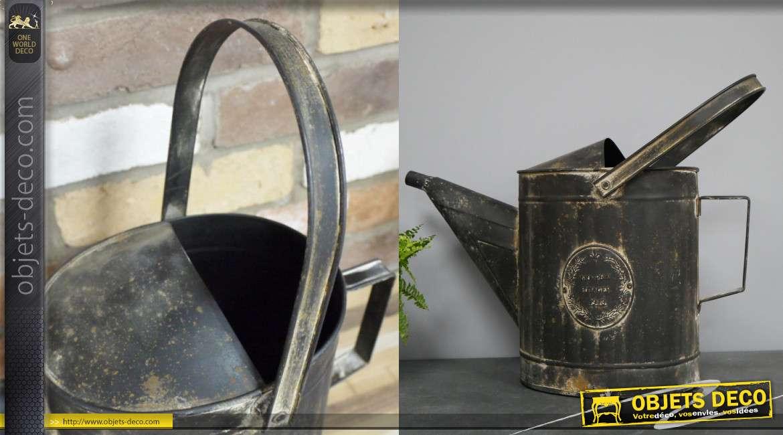Arrosoir déco en métal finition noir avec tâches oxydées, grande hanse esprit brocante
