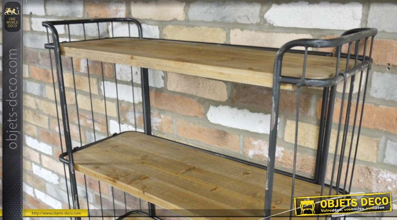Bibliothèque de style industriel, en bois finition naturel et métal oxydé, sur roulettes, 162cm