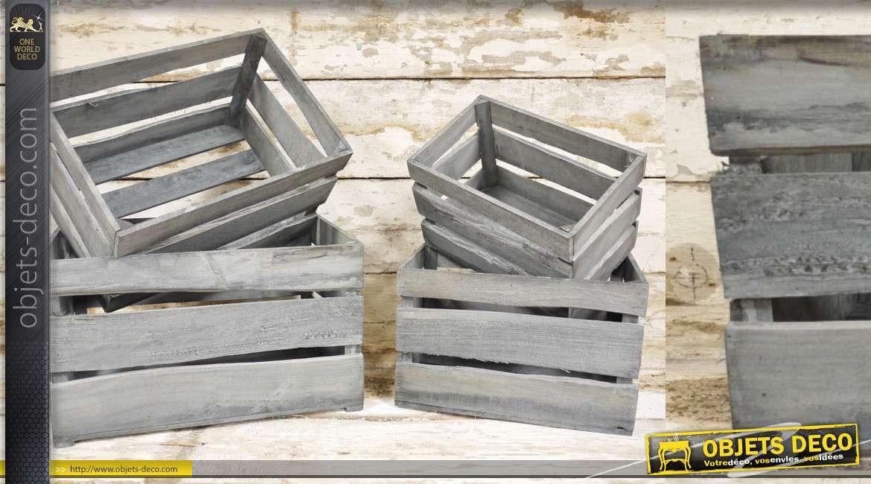 Série de 4 caisses en bois de tailles variées, finition gris ancien effet vieilles planches