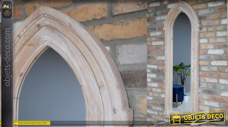 Grand miroir fenêtre en bois de sapin, forme gothique finition claire blanchie, 172cm