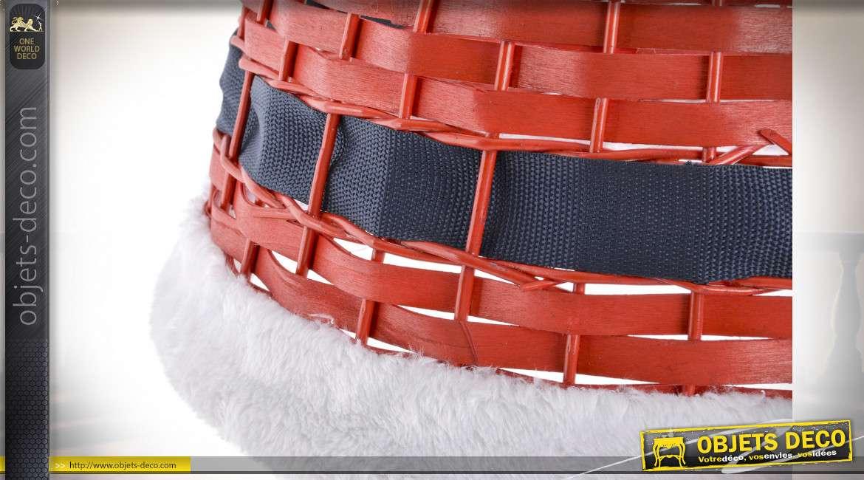 Cache-pied de sapin en osier finition rouge, ambiance Noël avec rebord à poils longs, Ø45cm