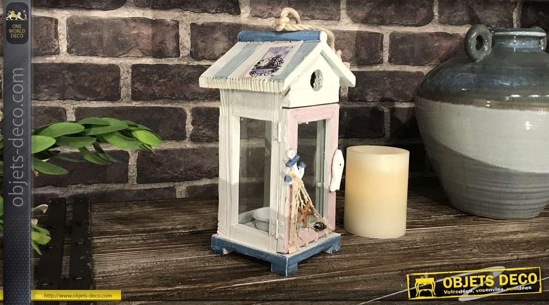 Petite lanterne en bois et verre, thème plage et coquillages avec filet de pêche