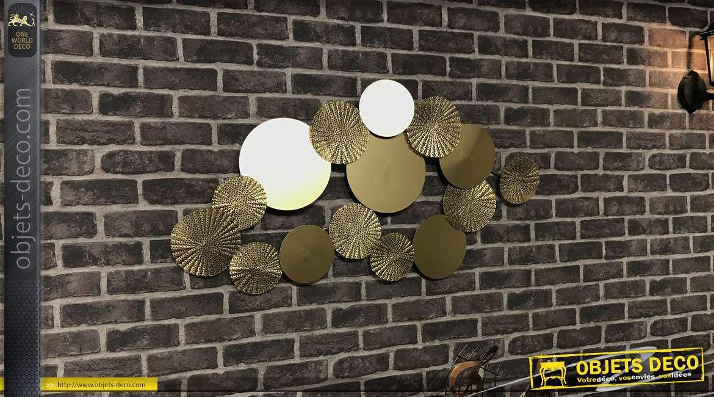 Décoration murale en métal de 100cm, finition doré, motifs de cercles superposés