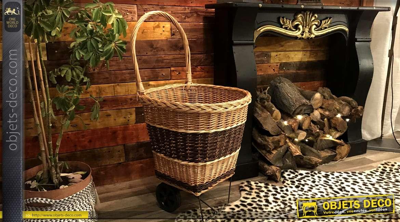 Chariot à bûches en osier tressé, finition trois couleurs avec grande anse de transport, roues en gomme rigide, 98cm