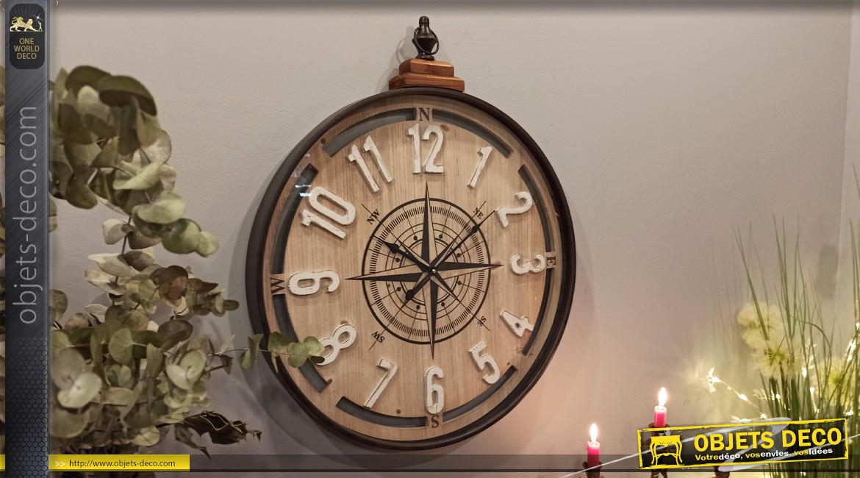Horloge murale en bois et métal en forme d'ancienne boussole, dessin d'une rose des vents au centre, Ø60cm