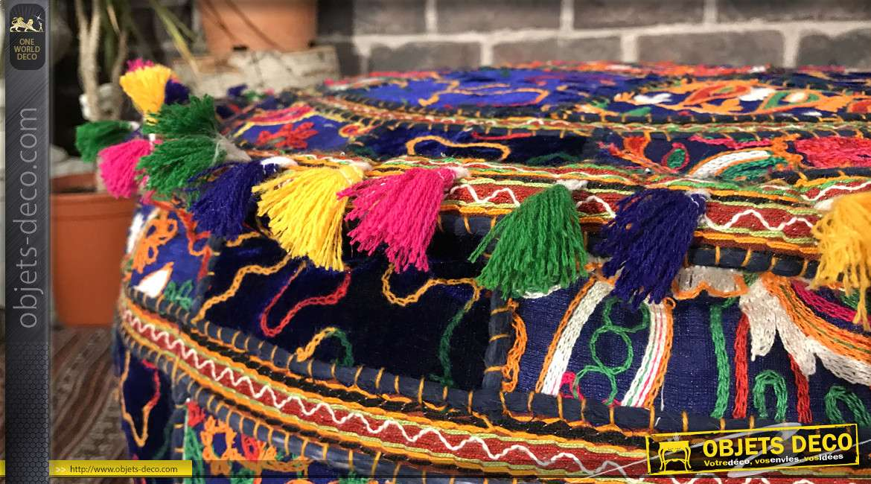 Beau coussin de sol syle Patchwork multicolor, 7.5kg avec ponpons