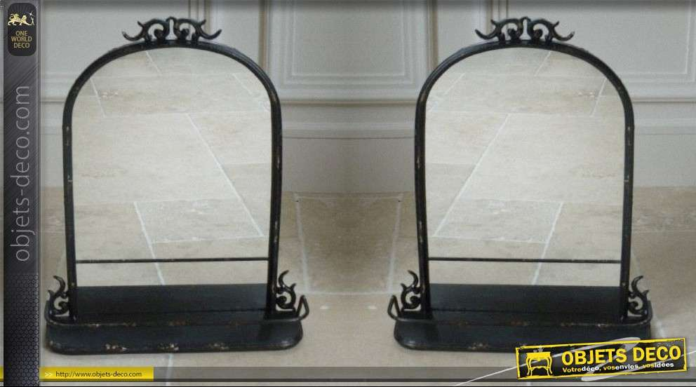 miroir de table en fer forg noir antique avec tablette. Black Bedroom Furniture Sets. Home Design Ideas